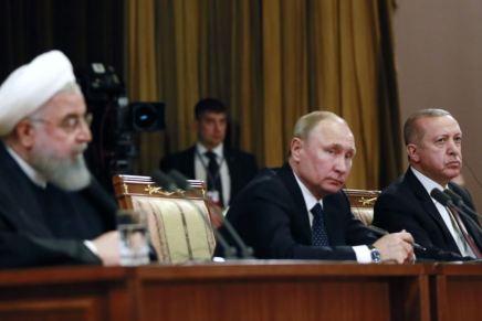 La Russie, la Turquie et l'Iran considèrent le retrait des Etats-Unis de la Syrie comme un «pas positif», selonPoutine