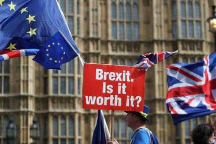 Brexit : Jean-Claude Juncker annonce un accord entre Londres et l'Unioneuropéenne