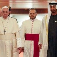 """Le pape François revient d'Abou Dhabi, déclare que l'islam et le christianisme vont promouvoir des """"valeurs communes"""""""