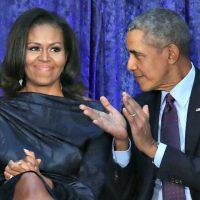 Lors d'un discours rémunéré au Canada, M. Obama a déclaré que les changements mondiaux ne pourront se produire que si les nouveaux dirigeants s'inspirent de lui et de Michelle.