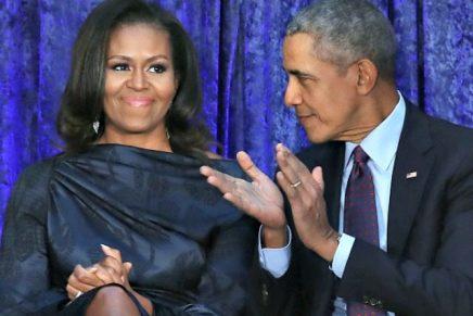 Lors d'un discours rémunéré au Canada, M. Obama a déclaré que les changements mondiaux ne pourront se produire que si les nouveaux dirigeants s'inspirent de lui et deMichelle.