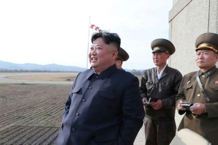 Kim Jong Un supervise l'essai d'une nouvelle arme dotée d'une «puissante ogive»