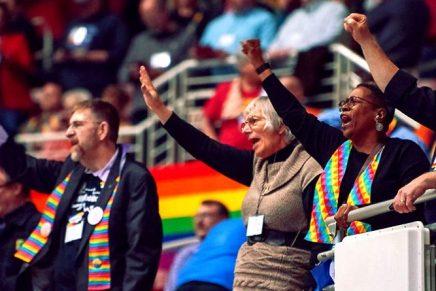 Bercé par des luttes intestines acharnées, l'Église méthodiste unie d'Amérique se prépare a être diviser sur les LGBTQ par despolitiques