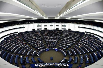 Européennes: le dépôt des listes vendredi lance lacampagne