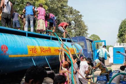 Plus de 50°C, rationnement de l'eau, des dizaines de morts : en Inde, une caniculeextrême