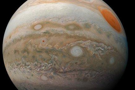 Il vous sera possible d'observer Jupiter pendant tout le mois de juin, et ce simplement avec vos jumelles!