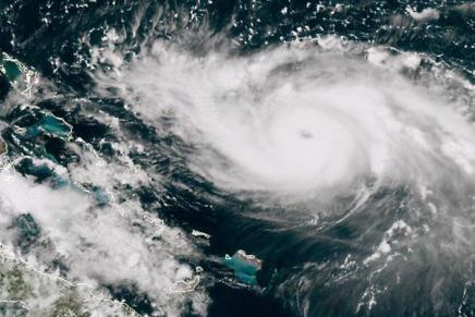 L'ouragan Dorian touche les Bahamas, premières images des conditions «catastrophiques»