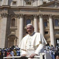 Le Pape lancera l'an prochain un pacte mondial pour l'éducation