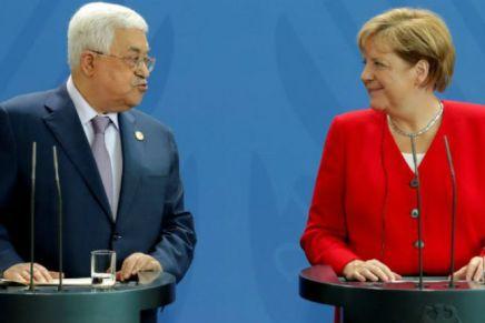 Merkel rencontre Abbas à Berlin et confirme son soutien à un Etatpalestinien