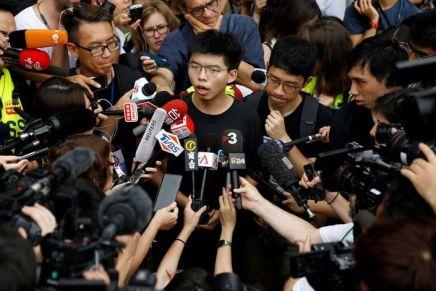 Hong Kong : plusieurs figures du mouvement pro-démocratie arrêtées, dont JoshuaWong