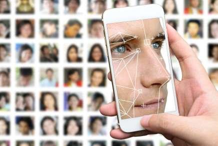 La reconnaissance faciale bientôt utilisée en France pour les services publics en ligne?
