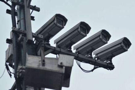 Cette nouvelle caméra de 500 mégapixels destinée à la reconnaissance faciale faitpolémique