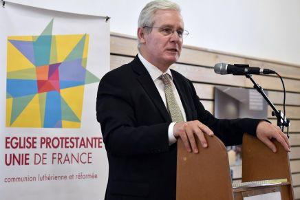 Mariage gay : le président de l'église protestante unie de France dit qu'on ne peut pas prendre la Bible au pied de lalettre…